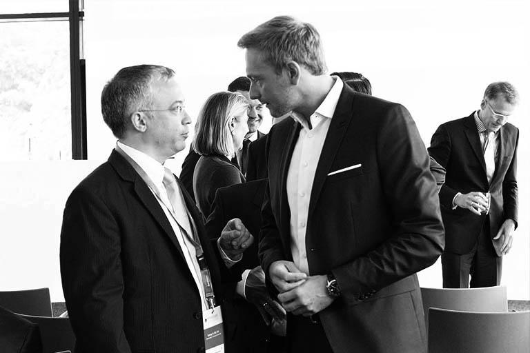 Christian Lindner auf dem Wirtschaftsgipfel Deutschland mit Marcel Riwalsky